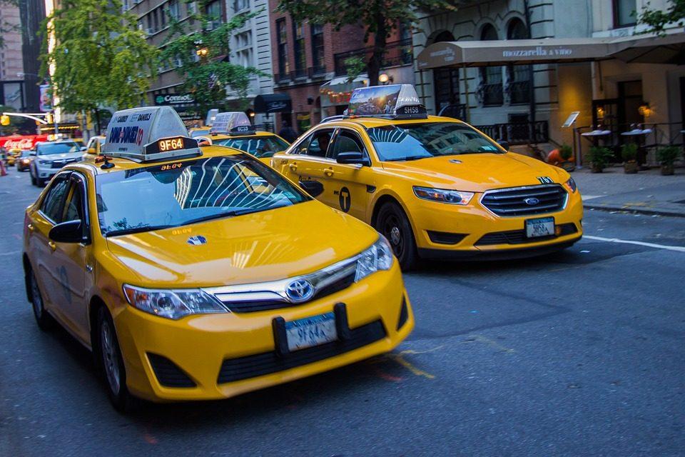L'intégration des nouvelles technologies dans les sociétés de taxi